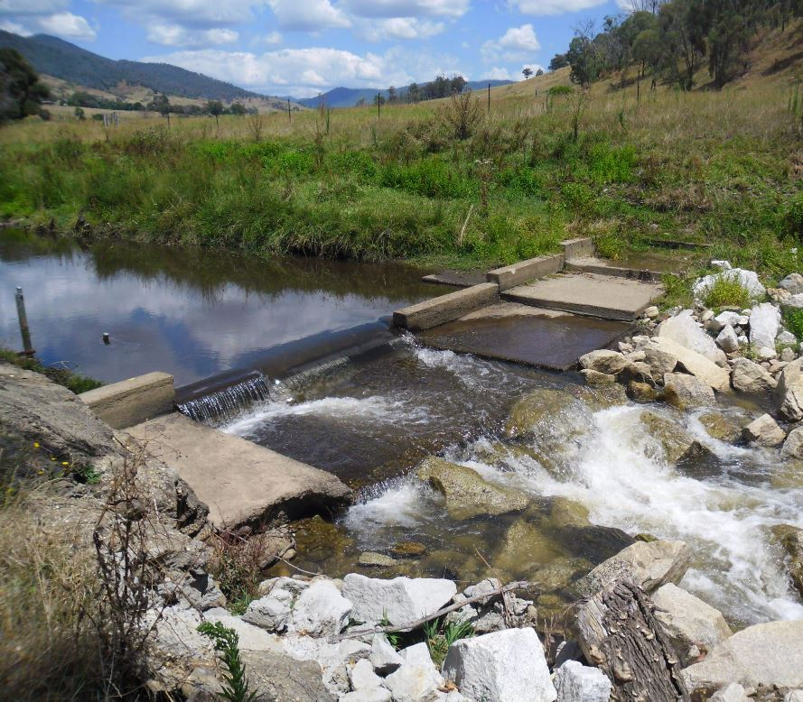 This weir has an adjacent stream gauging station that measures water height